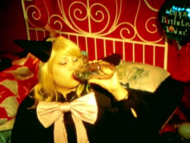 SHANNON AND THE CLAMS SLEEP TALK OFFICIAL VIDEO » Freewka.com - Смотреть онлайн в хорощем качестве