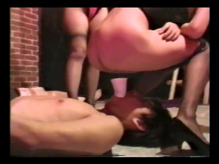 Japanese golden showers #scat #slave #piss #farting #wc #pissing #toilet #public #hidden #spy #voyeur #slut #femdom #spitting #a