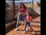 Лайфхакерша. Мама и доча просто нереально танцуют