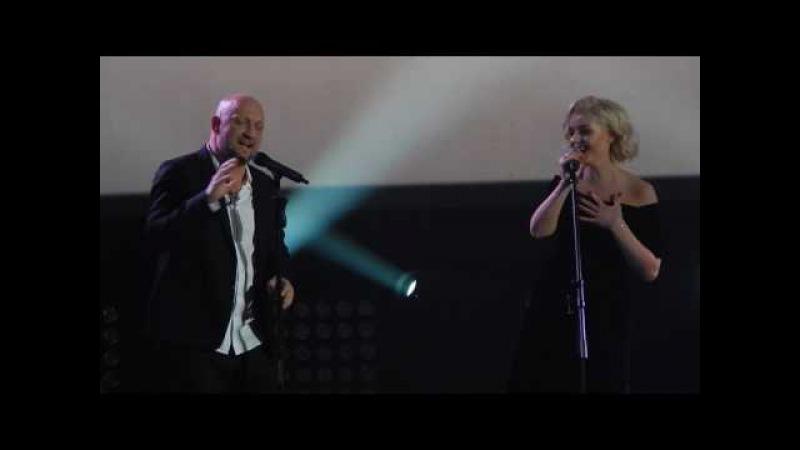 Гоша Куценко и Полина Гагарина - Колыбельная. 20.05.17