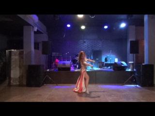 Mawood Mariana Leus Performance