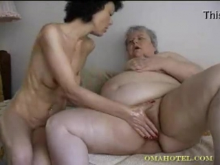 порно фистинг толстой бабушке
