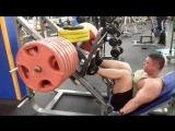 Жим ногами 400 кг на 10 повторов