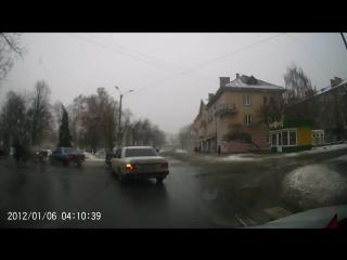 Пороблено Лубны. ... запрещается выезд на перекресток, если за ним образовался затор, который вынудит остановиться на перек