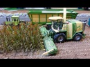 RC Siku Control 32 tractor action playing at Krone farmworld