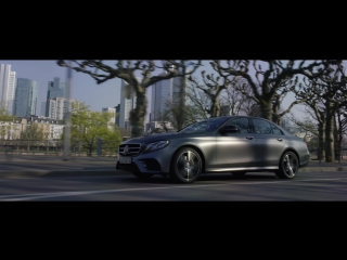 The new E-Class. On a perfect mile