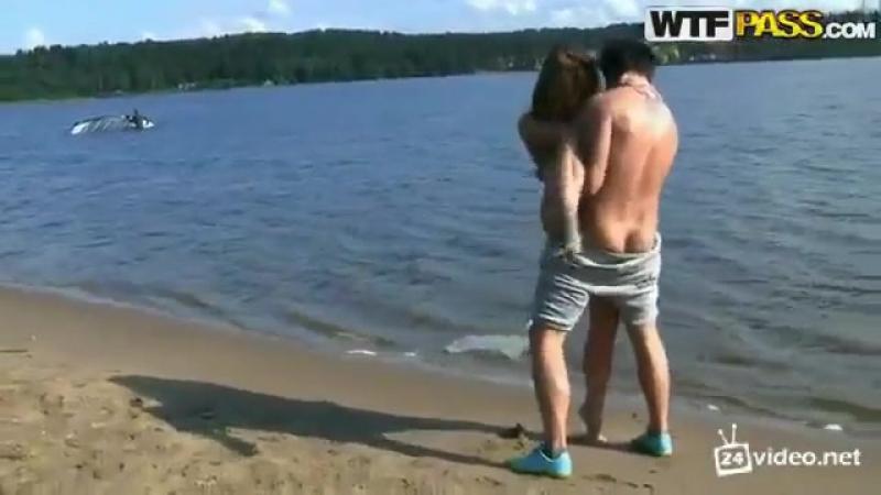 Онлайн девки видео групповушка русских студентов на природе порно про неопытных