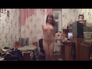 16 летняя трясет грудью по скайпу Показала сиськи, Эротика, Не порно, Не цп и дп, Малолетка, грудь