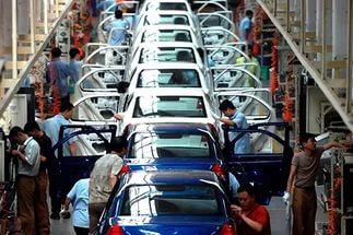 Автомобильная промышленность может попасть в список подлежащих закрыти