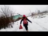 иду с Викой и Ильей в школу