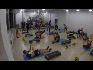 Групповое занятие с тренером Азовой Анастасией в фитнес-клубе