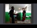 Жёсткие приколы и драки Русский пацан в американской школе пиздит нигроида за базар