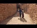 Курдская девочка и мальчик пение народной музыки
