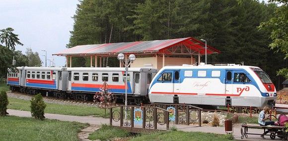 Новомосковская детская железная дорога  завтра открывает летний сезон