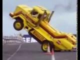 трюки на грузовиках фристайл