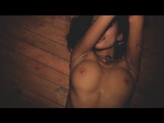 striptiz-strastnaya-popka
