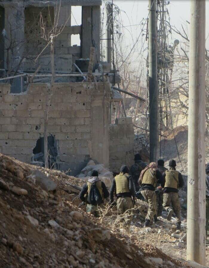 [BIZTPOL] Szíria és Irak - 3. - Page 3 Iij-EHNF0gw