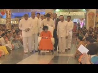 видео Sri Sathya Sai Baba. Beautiful Divine Darshans... Blissful Reminiscences. ..