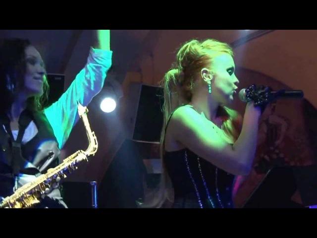 Катрин Моро sax Илона Ривз (живой звук / live)