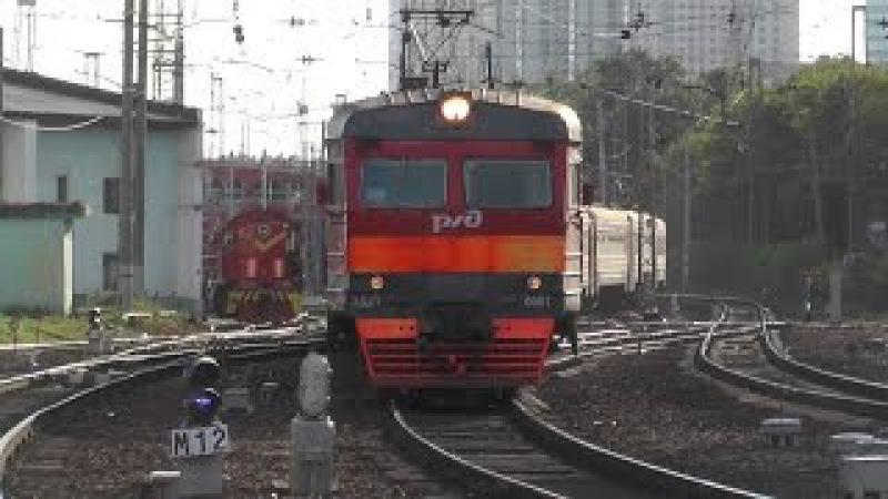 Электропоезд ЭД2Т-0001/0023 станция Москва-Пассажирская-Смоленская