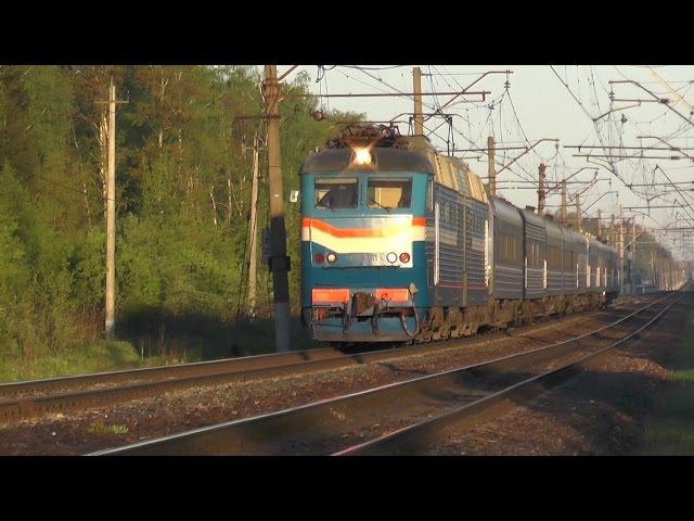 Электровоз ЧС7-011 с поездом № 026 Минск - Москва