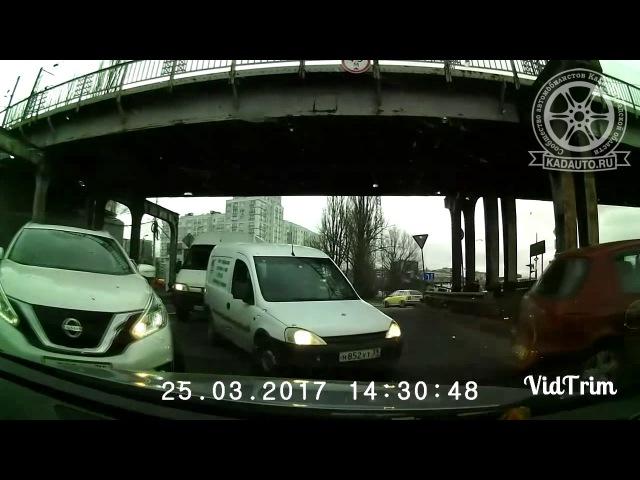 Не пустил самую вумную. Двухъярусный мост. Калининграде. 25.03.17