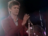 David Bowie - Heroes - Live on Dutch TV - - Remastered- 1977