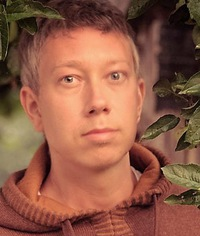 Денис Караваев