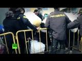 В Испании полиция обнаружила нелегальный склад с 10 тыс. единицами оружия