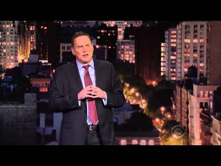 Norm Macdonald Trying Not to Cry During His Last Appearance on Late Night with David Letterman. (Warning: Onions)