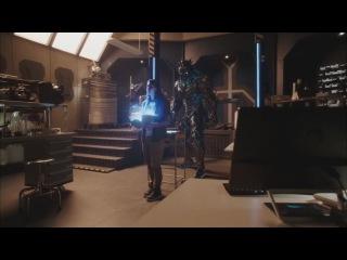 Отрывок из Флэша 3 сезон 9 серия Нападениие Савитара в Star labs