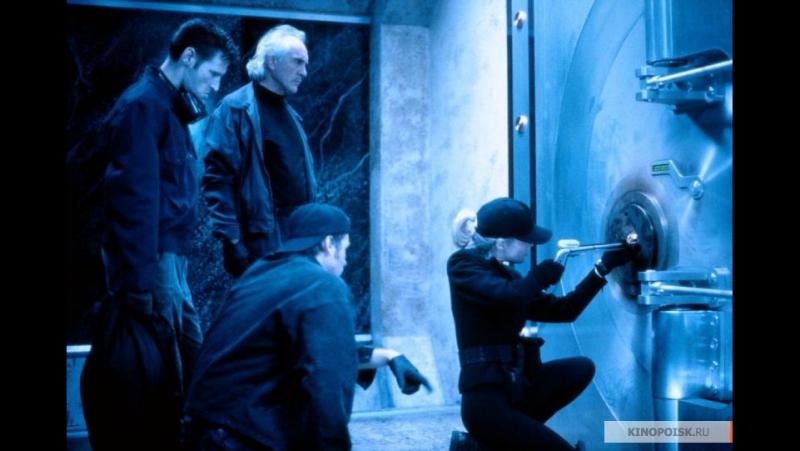 = Настоящая Маккой / The Real McCoy = (1993) (DVDRip) (Триллер, Драма, Криминал) (перевод Гаврилов) (Ким Бейсингер, Вэл Килмер)