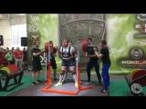 Луговой Александр Приседает 320 кг в однослойной экипировке на чемпионате Европы IPL 2017 год