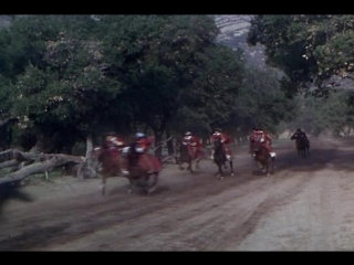 Погоня за каретой и всадниками (На кончике шпаги)