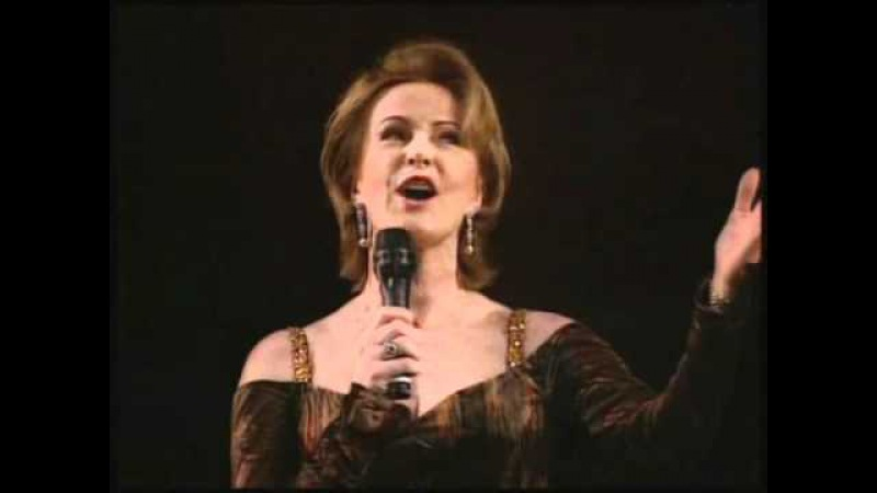 Anni-Frid Lyngstad - Dancing Queen with the Real Group
