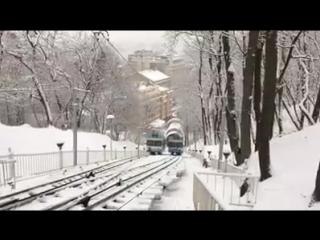 Засніжений Київ з фунікулера