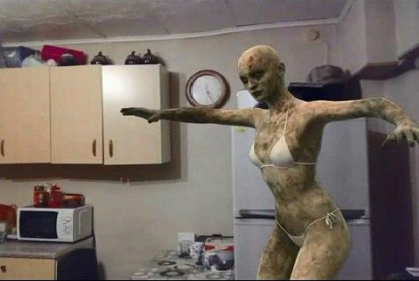 Зомби-женщина
