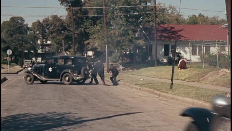 Бонни и Клайд. 1967. Боевик, драма, криминал, биография. Уоррен Битти, Фэй Данауэй, Майкл Дж. Поллард.