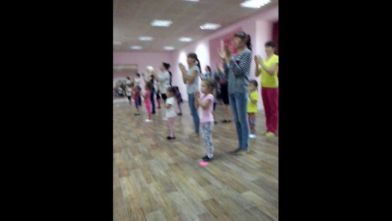 Соместные занятия Мамаочки дочки ( группа 4-5 лет).