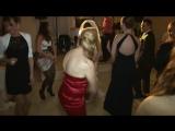 Леди в красном платье...