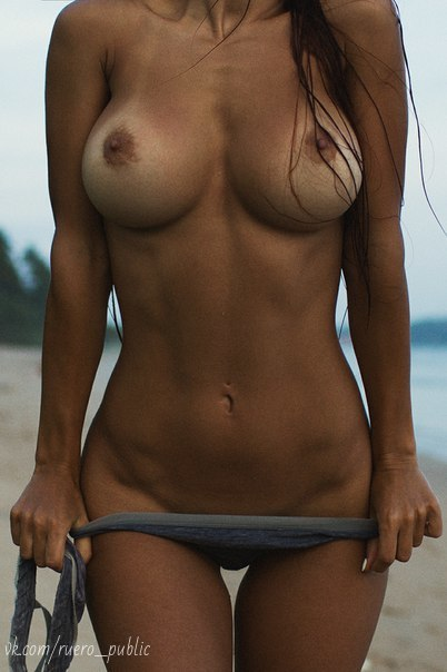 Girls naked in shower video