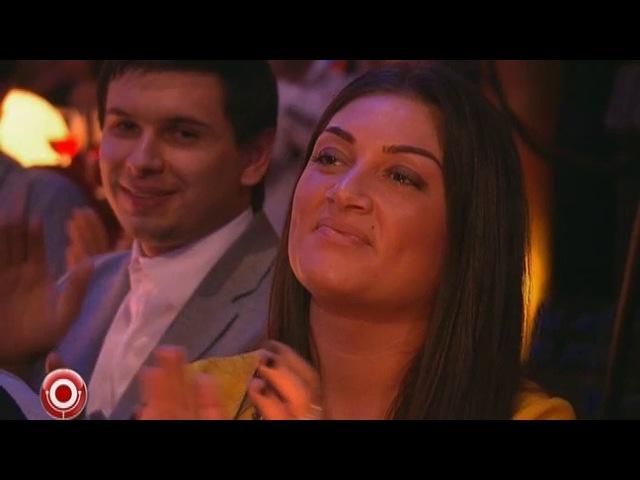 Гарик Харламов и Тимур Батрутдинов - Голая женщина поступает в МГУ и iPhone 5 из сериала Камеди Клаб смотреть бесплатно видео онлайн.