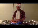 Счастливых Праздников желает Bass Kleph.