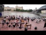 Флешмоб музыкантов в Парке Горького от Музыкантов Москвы и High-Gain Studio.