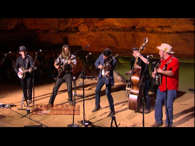 Old Crow Medicine Show's Carry Me Back on BLUEGRASS UNDERGROUND (PBS)