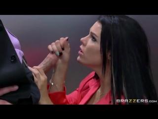 porno-v-lifte-s-bryunetkoy