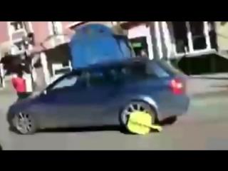 Нарезка приколов Бабы за рулём!