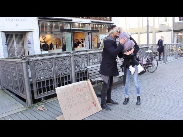 Blind Muslim Trust Experiment