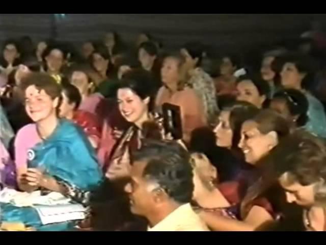 Shri Mataji singing Raghupati Ram 1986 1011 Navaratri Celebrations, Kolkata