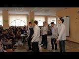 танец 9-х классов + учителя